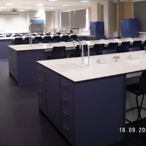 Middlesex University - Laboratory Furniture - 003