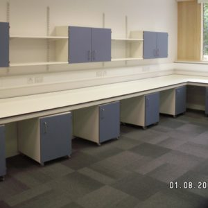 Middlesex University - Laboratory Furniture - 006