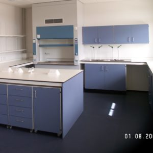 Middlesex University - Laboratory Furniture - 007