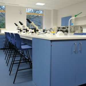 Middlesex University - Laboratory Furniture - 008
