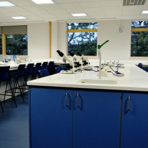 Middlesex University - Laboratory Furniture - 009