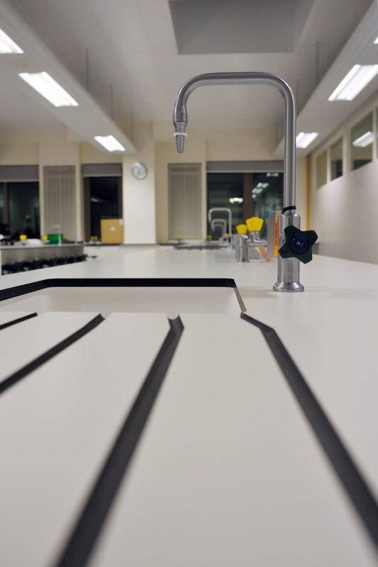 The Elmgreen School - Laboratory Furniture - 009