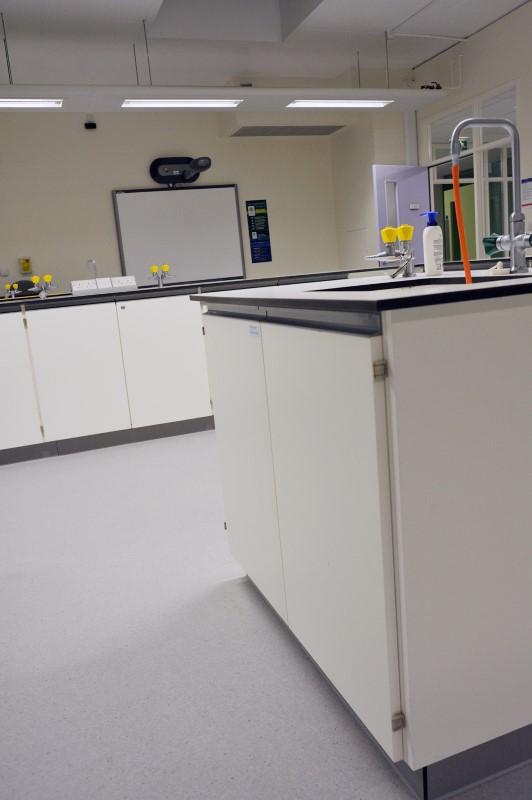 The Elmgreen School - Laboratory Furniture - 017