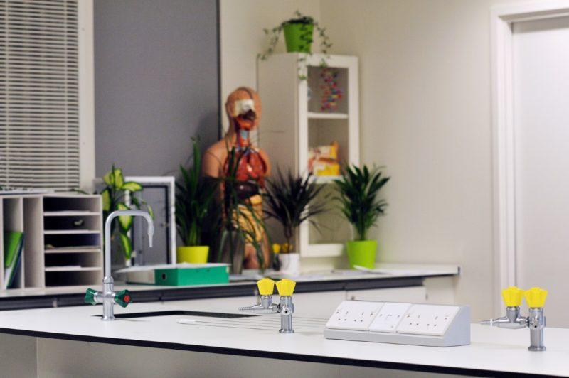 The Elmgreen School - Laboratory Furniture - 023
