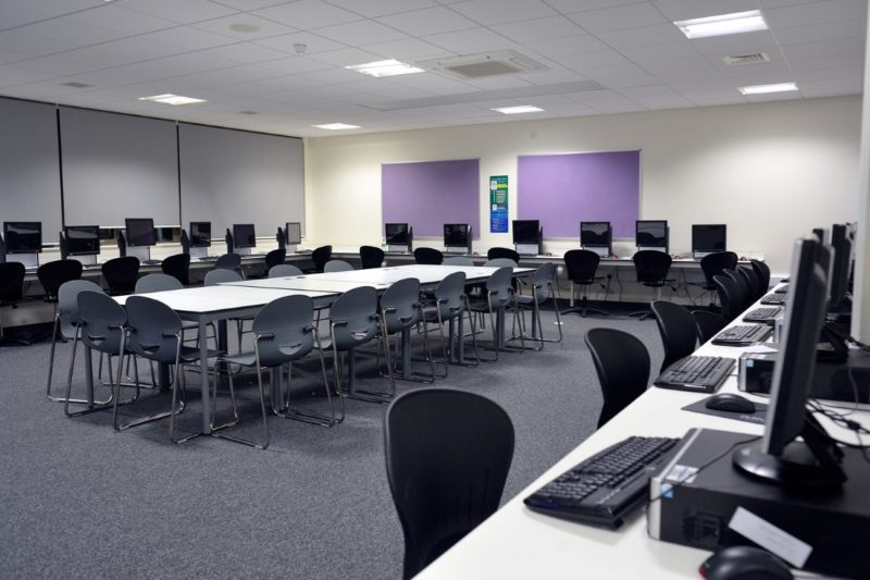 The Elmgreen School - Laboratory Furniture - 024