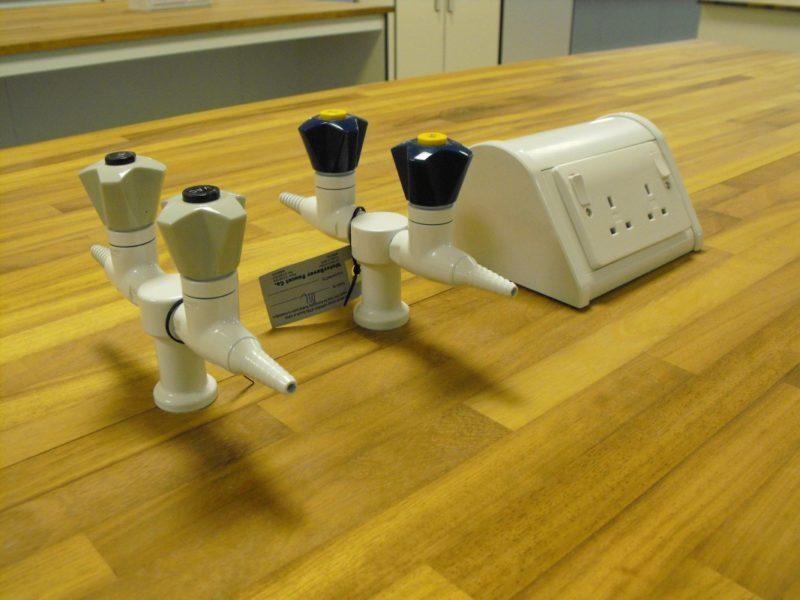 SGS Ellesmere Port - Laboratory Furniture - 004