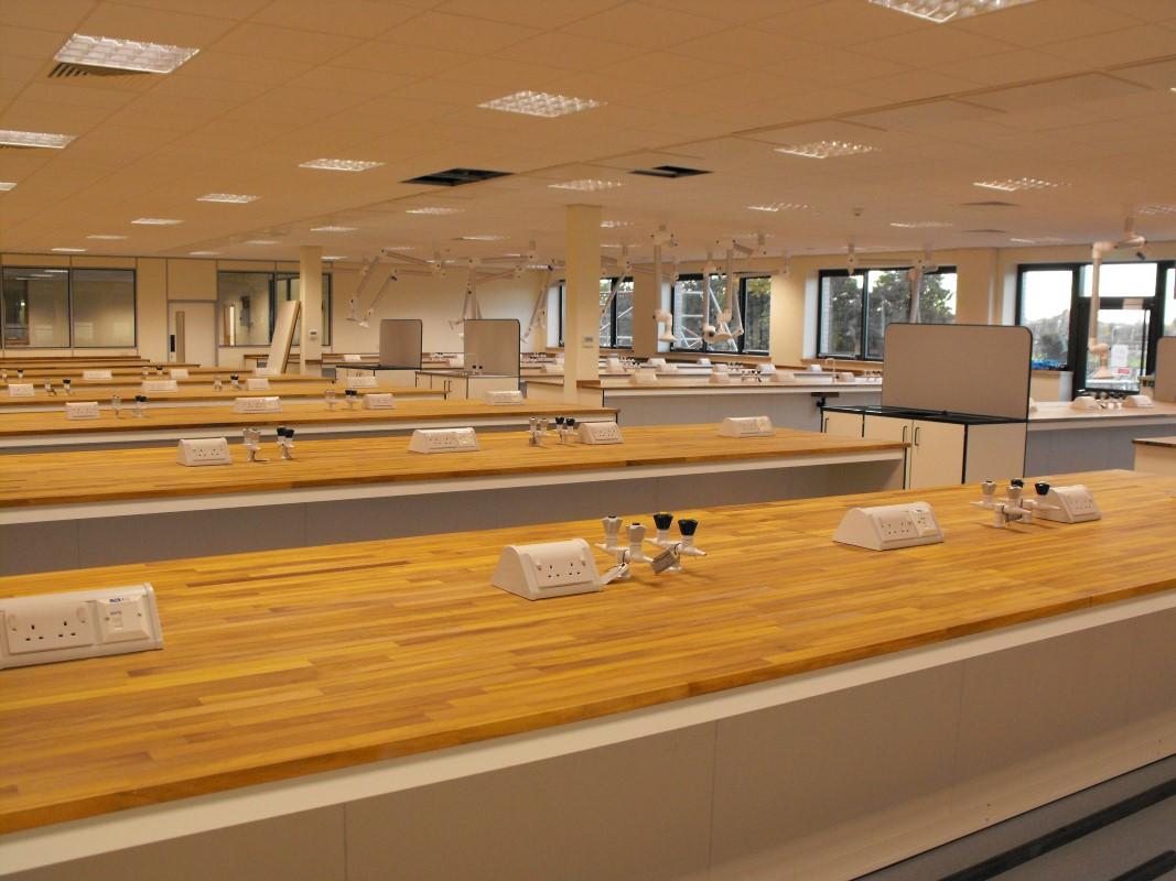 SGS Ellesmere Port - Laboratory Furniture - 005