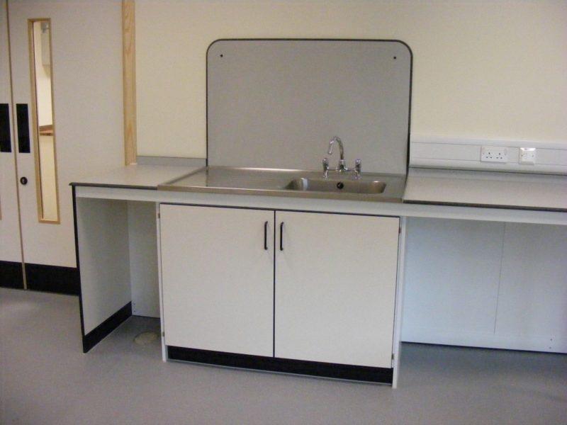 SGS Ellesmere Port - Laboratory Furniture - 010