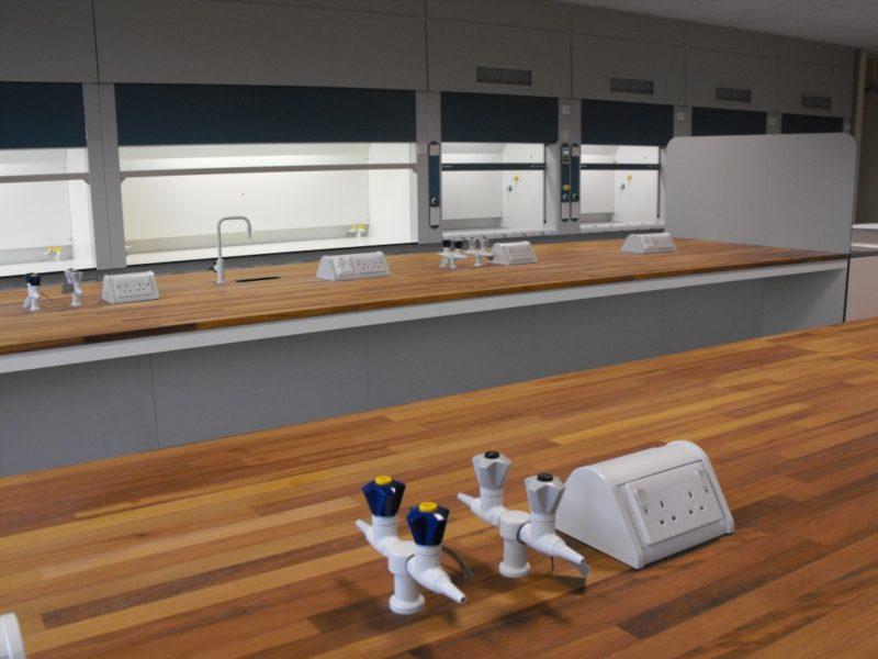 SGS Ellesmere Port - Laboratory Furniture - 017