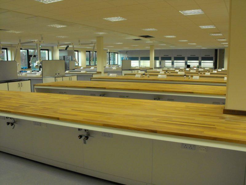 SGS Ellesmere Port - Laboratory Furniture - 019