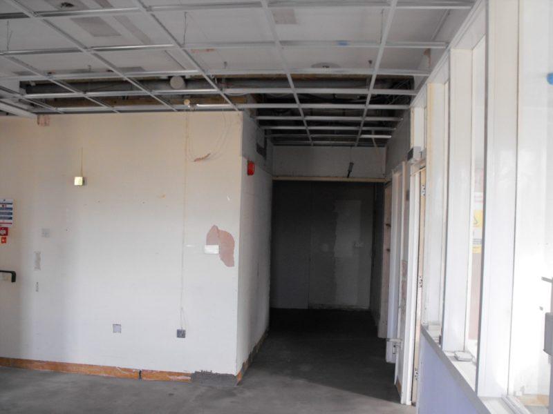 Spire Healthcare Manchester Micro - Laboratory Furniture - 11