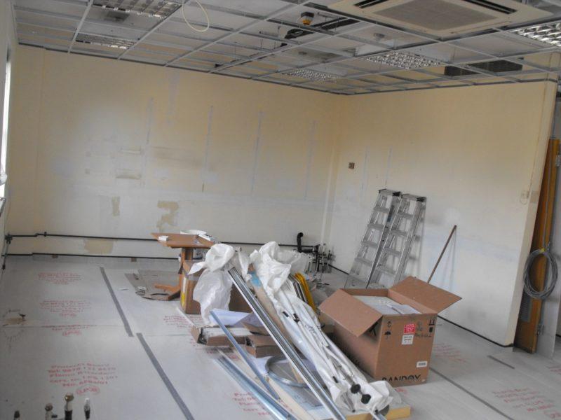 Spire Healthcare Manchester Micro - Laboratory Furniture - 14