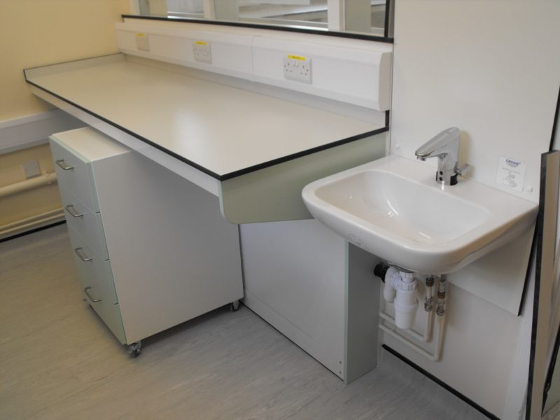 Spire Healthcare Manchester Micro - Laboratory Furniture - 2
