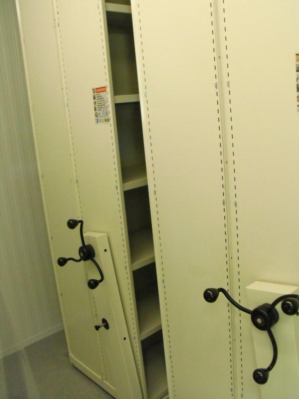 Spire Healthcare Manchester Micro - Laboratory Furniture - 7