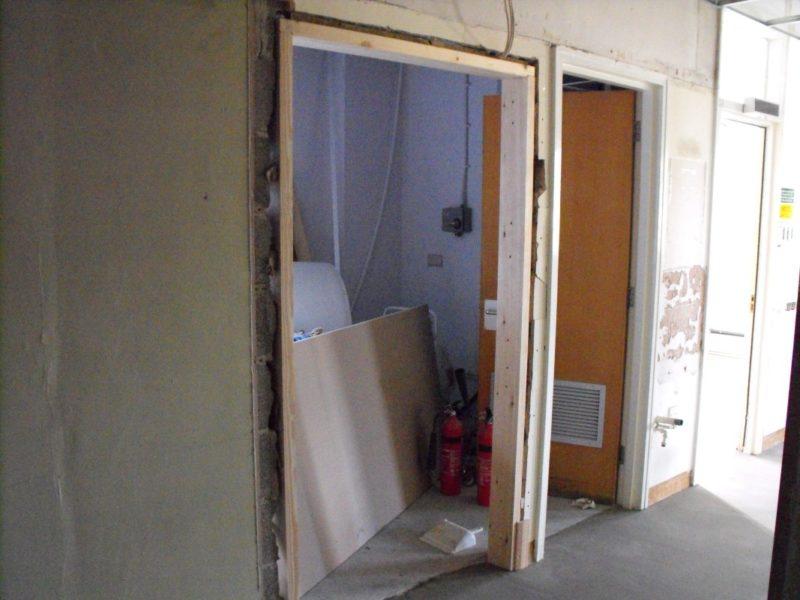 Spire Healthcare Manchester Micro - Laboratory Furniture - 8
