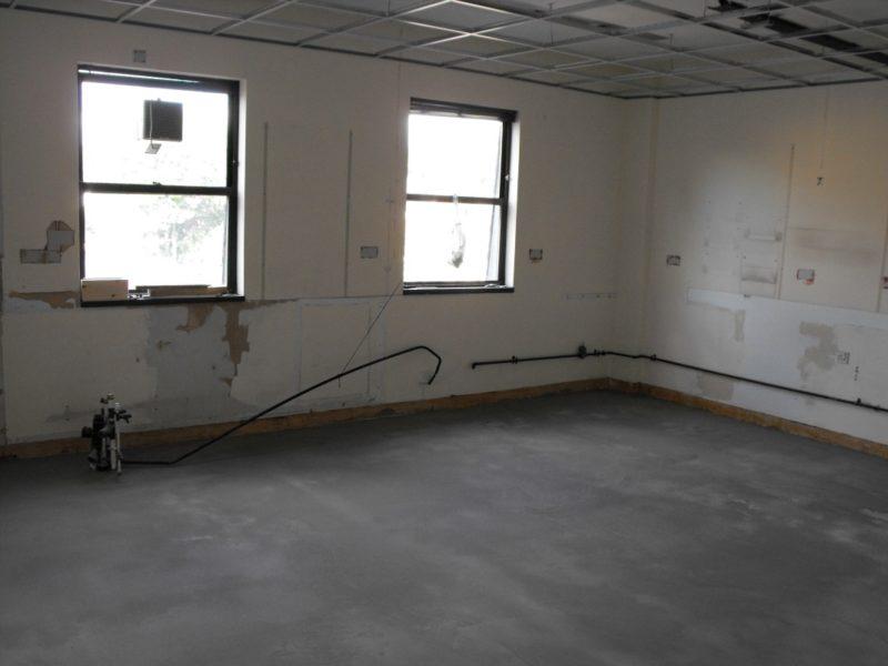 Spire Healthcare Manchester Micro - Laboratory Furniture - 9