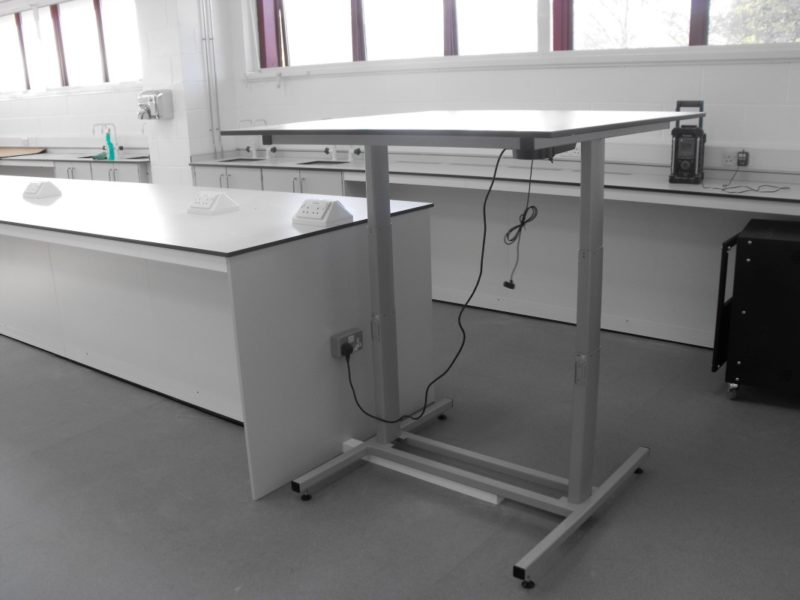University of Derby T102 and T103 - Laboratory Furniture - 08