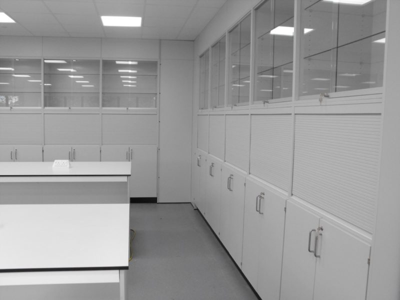 University of Derby T102 and T103 - Laboratory Furniture - 12