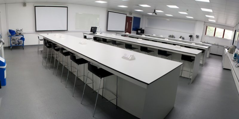 University of Derby T102 and T103 - Laboratory Furniture - 15
