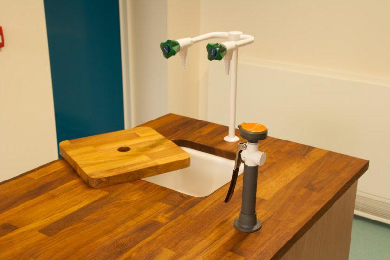 Ermysteads Grammar School - Phase 3 - Laboratory Furniture - 15