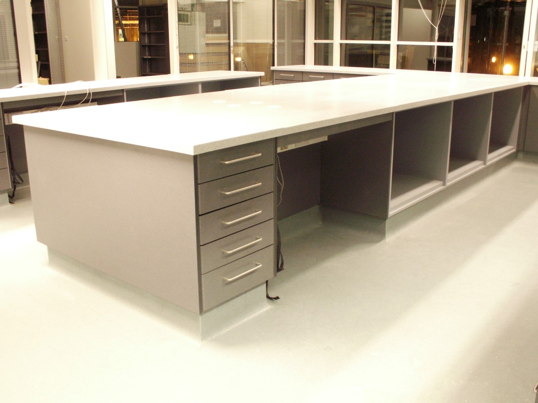AES Horsley Water Treatment Works - Laboratory Furniture - 04