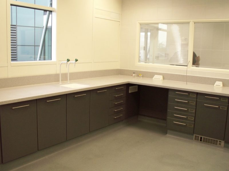 AES Horsley Water Treatment Works - Laboratory Furniture - 09