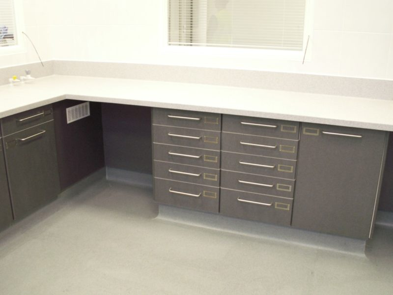 AES Horsley Water Treatment Works - Laboratory Furniture - 10