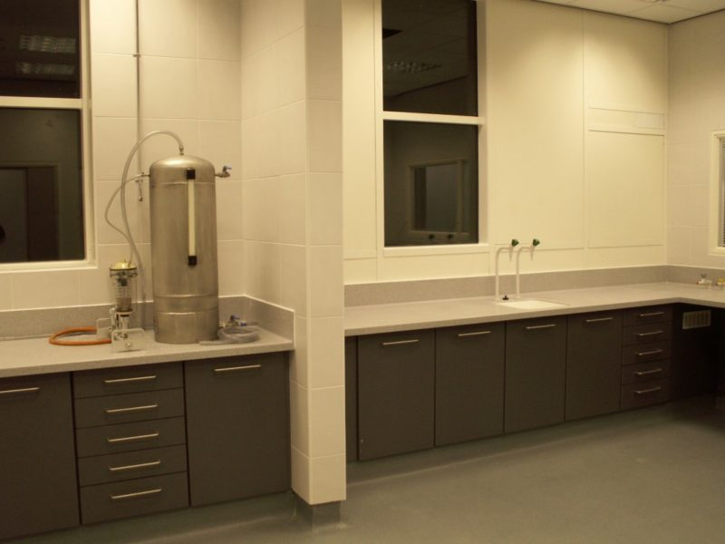 AES Horsley Water Treatment Works - Laboratory Furniture - 11