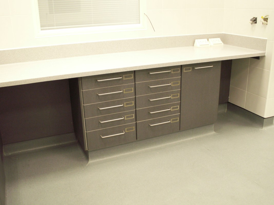 Aes horsley water treatment works laboratory furniture for Furniture keighley