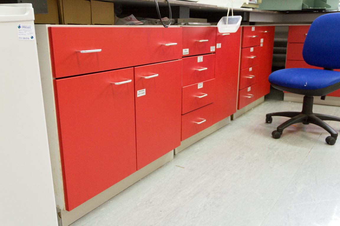 C4946 - MRC Laboratory Furniture-0005