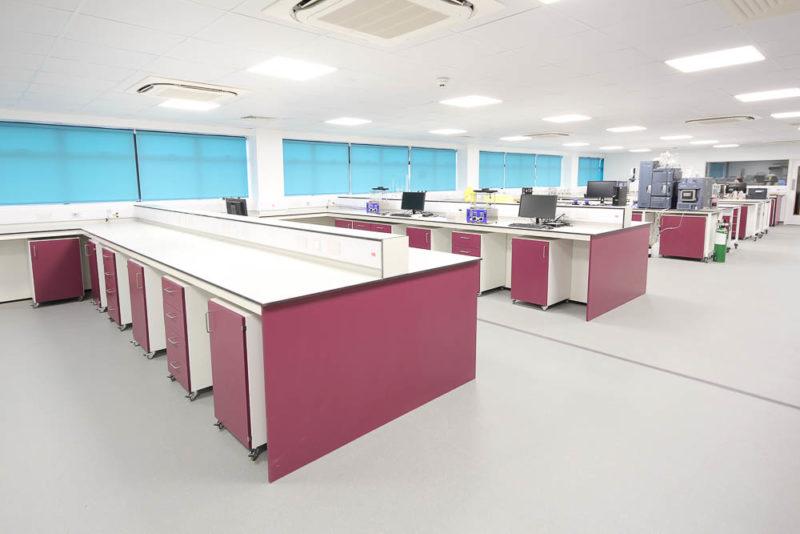 C4988 - Alere Loughton - Laboratory Reburbishment
