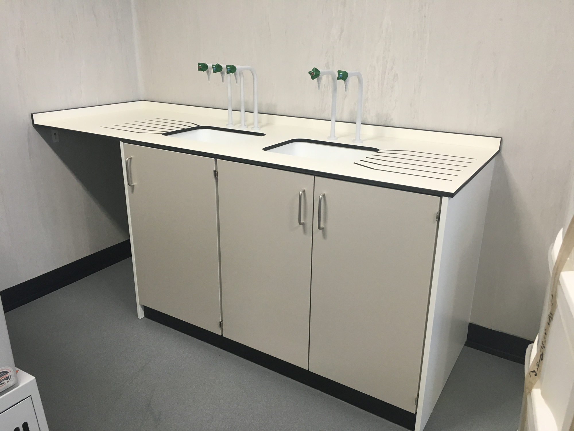 University of bradford chemistry laboratory furniture for Furniture keighley