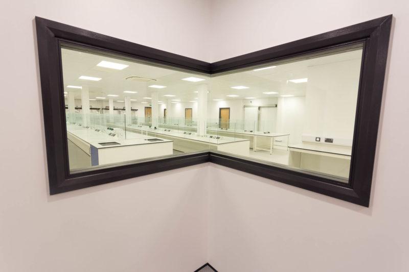 C5147 - Alere Abingdon - Unit 21 - Warehouse Laboratory Convertion Refurbishment - Lab Benches Work Space Window Sockets Sinks