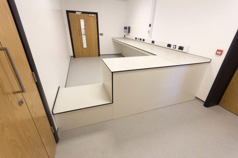 C5147 - Alere Abingdon - Unit 21 - Warehouse Laboratory Convertion Refurbishment - Lab Space Plug Sockets