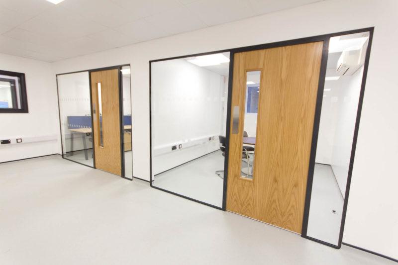 C5147 - Alere Abingdon - Unit 21 - Warehouse Laboratory Convertion Refurbishment - Conference Rooms Offices