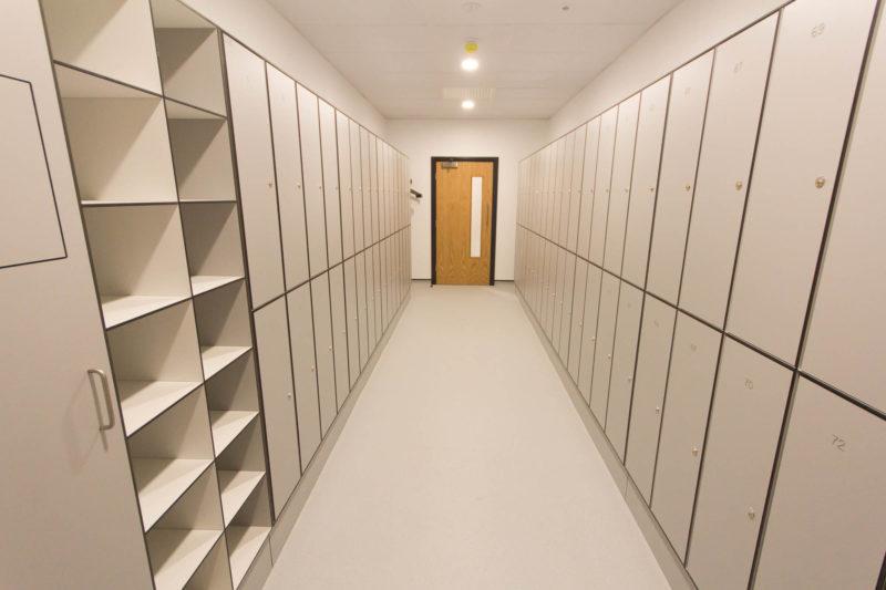 C5147 - Alere Abingdon - Unit 21 - Warehouse Laboratory Convertion Refurbishment - Lockers Door Shelves