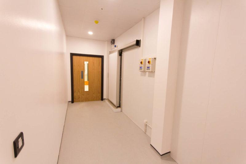 C5147 - Alere Abingdon - Unit 21 - Warehouse Laboratory Convertion Refurbishment - Corridor Door Socket