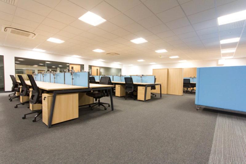 C5147 - Alere Abingdon - Unit 21 - Warehouse Office Convertion Refurbishment - Office Desks Chairs Cabinets Dividers