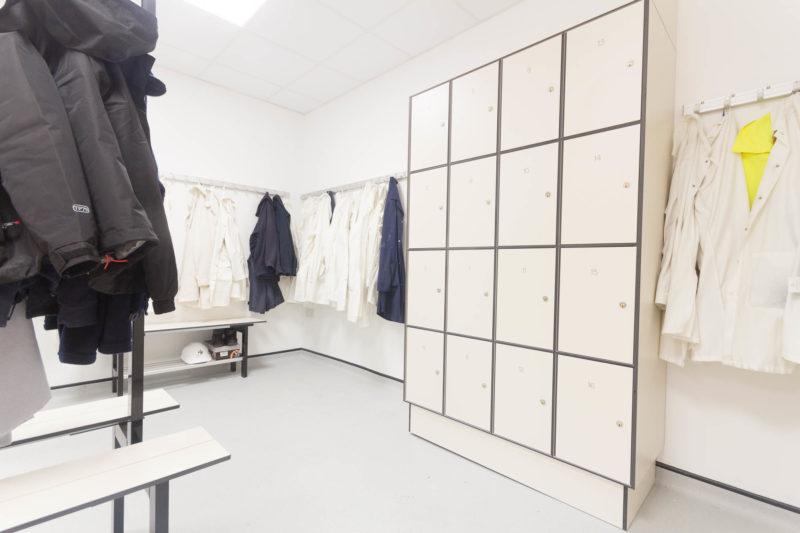 C5185 - AMEC Foster Wheeler - Solid Grade Laminate Locker Room - Lockers Jackets Lab Coats