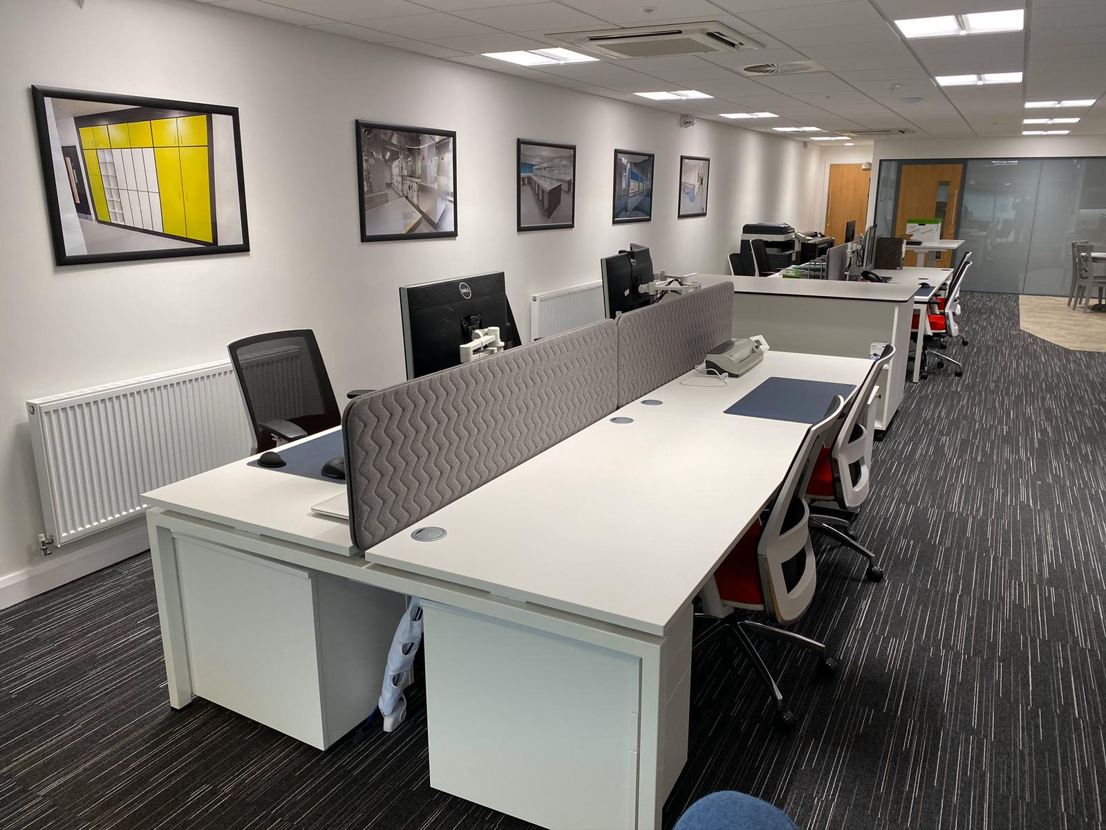 WhatsApp Image 2020-05-01 at 11.05.34 - Doors Desk Office Space Desk Chairs Radiator Printer Computer Cable Ports Laminator